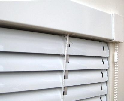 Žaluzie ISO - šíře do 70 cm, výška do 150 cm